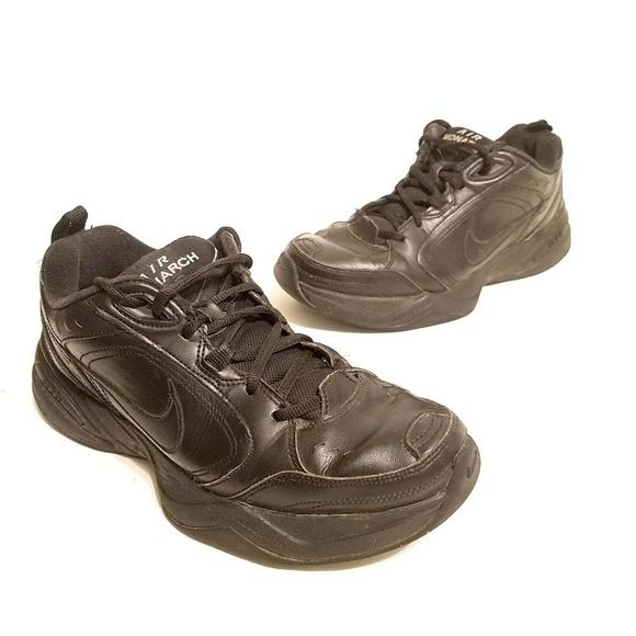 Nike Shoes   Mens Nike Air Monarch Size